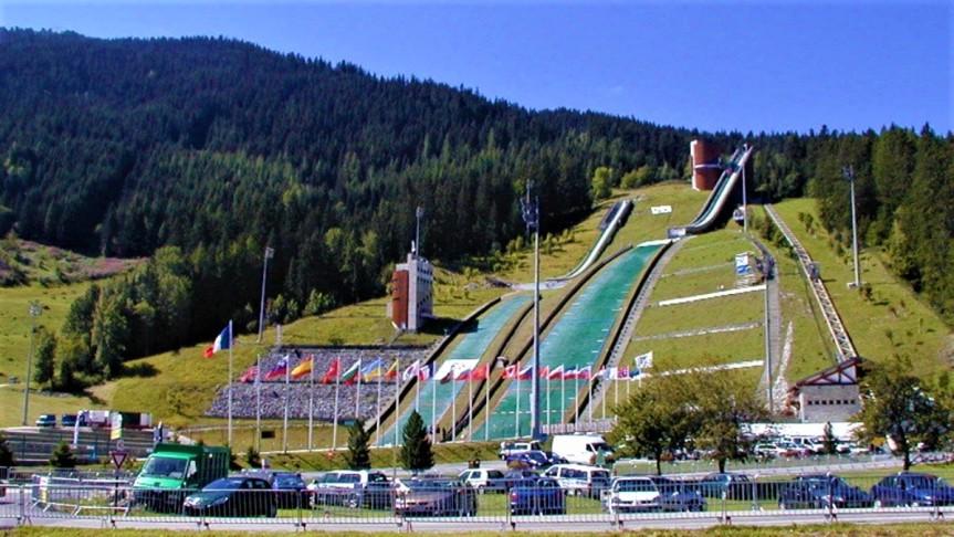 FIS Cup bez Chaux-Neuve orazCourchevel